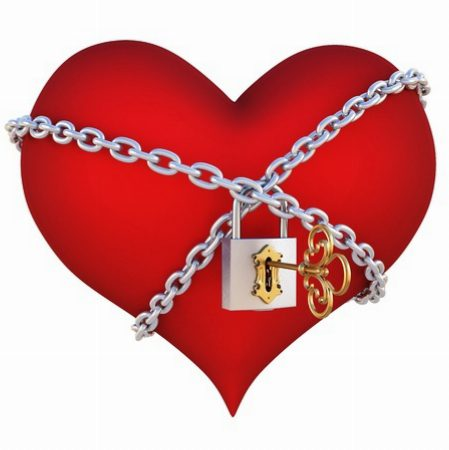 heart_with_chain_judgemental